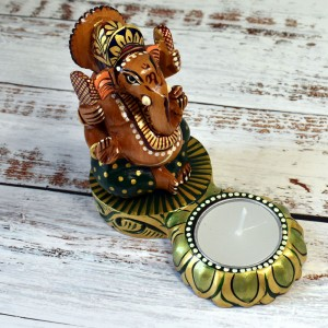 Beautiful Hand Curved Ganesha Figurine on Lotus Fl...
